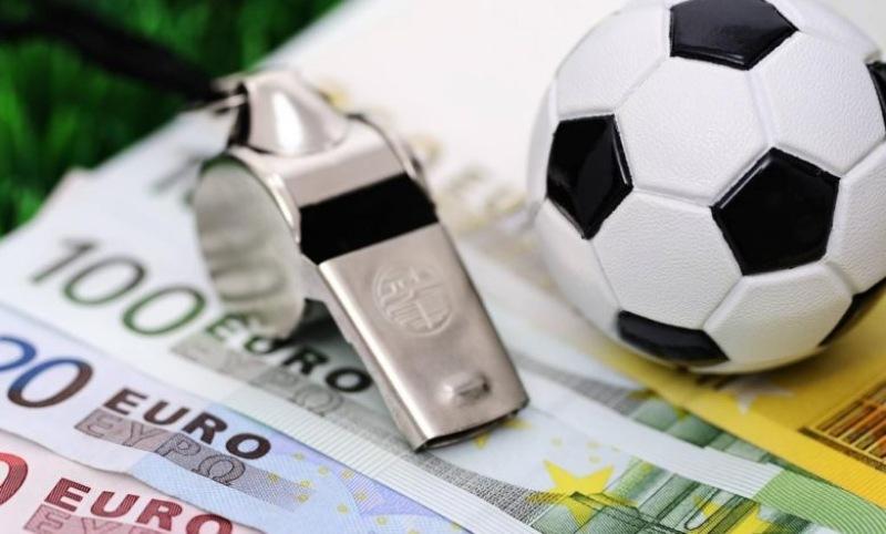 Giải đáp cá cược bóng đá qua mạng có bị công an bắt?
