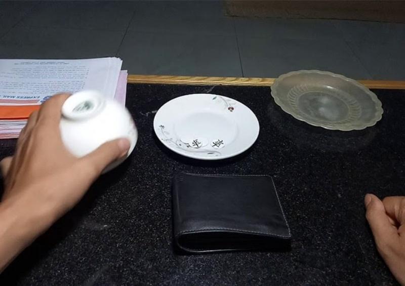 Một trong số cách chơi xóc đĩa ngoài đời đang được áp dụng với hiệu quả cao như Chơi cầu bệt