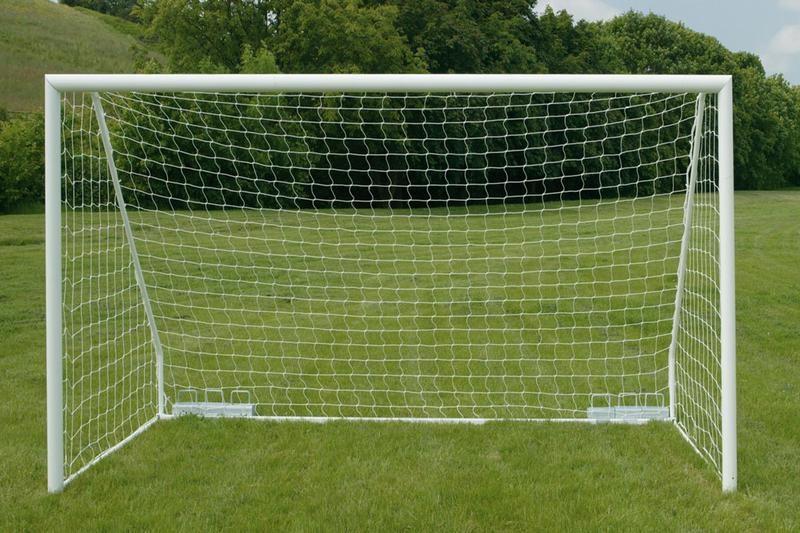 Các quy định khung thành bóng đá 11 người dựa theo chuẩn của FIFA